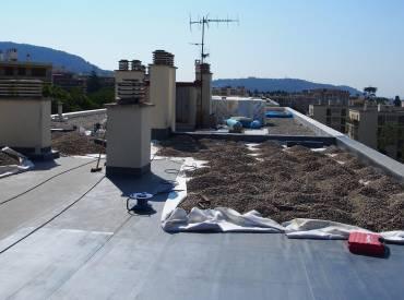 Polyuréthane et PVC pour toitures-terrasses niçoises